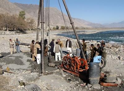 آزمايشات ژئوتکنيک شبکه آبياری دشت گمبيری افغانستان